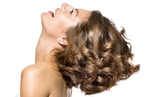 Lavado, aceite de argán, corte y peinado