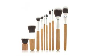 Set de brochas bambú de maquillaje