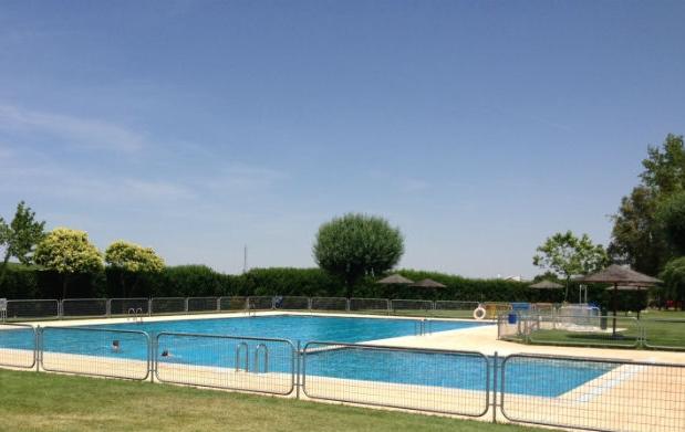 Planazo este verano men spa piscina por 21 oferta con for Piscina siglo xxi